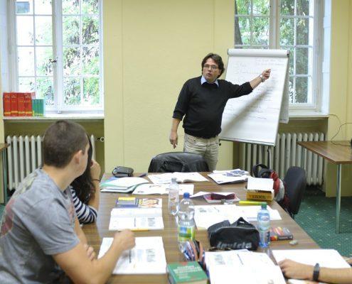 Unterricht zur Vorbereitung auf telc Deutsch A2