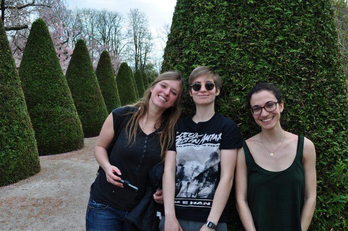 Gruppe von Studenten im Park