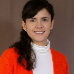 Lisa Hauer, Office Management